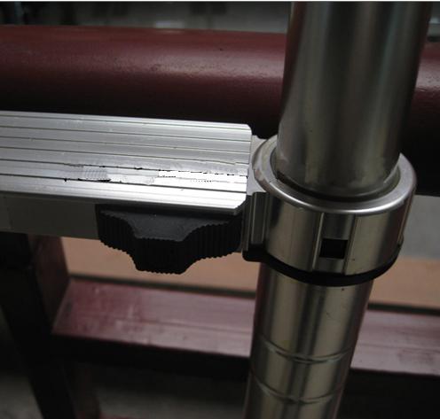 铝合金竹节伸缩梯